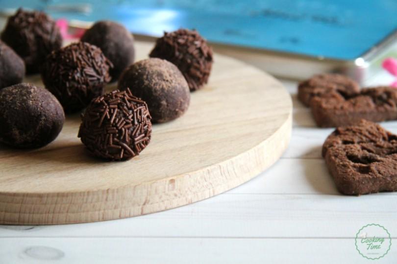 Tartufini con biscotti al cioccolato