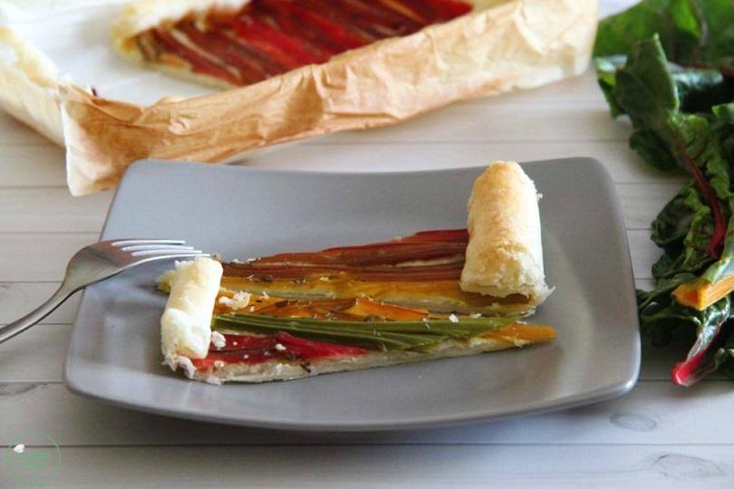 Torta salata con bietole colorate